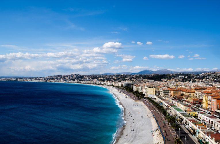Najkrajšie mestá na Francúzskej riviére. Doprajte si krásy Azúrového pobrežia